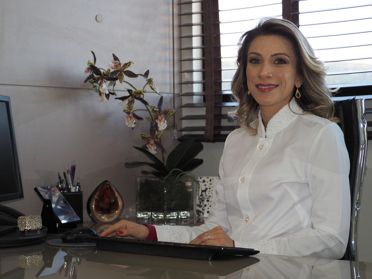 A Clínica - Clarissa Berti - Dermatologista
